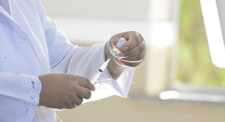 Campanha de vacinação contra a gripe inicia nesta segunda (12) em escolas