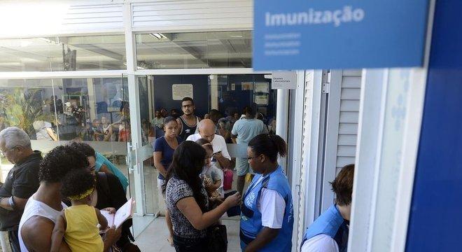 No Brasil, as despesas per capita com saúde representam cerca de 30% da média da OCDE