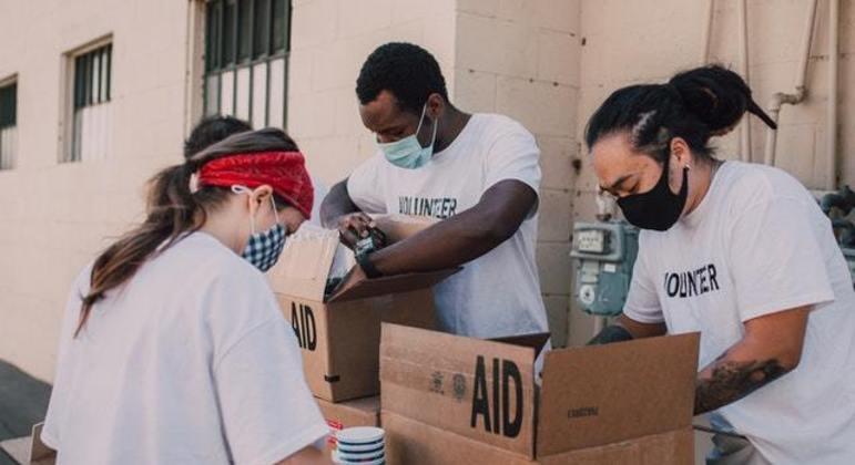 Lideranças de pelo menos 660 favelas  vão recolher as doações e levá-las para as famílias