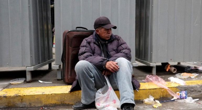 A condição dos moradores de rua de La Paz piorou muito com a pandemia de covid-19