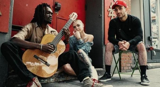 Iniciativa solidária visa fornecer renda extra mensal aos artistas por até um ano