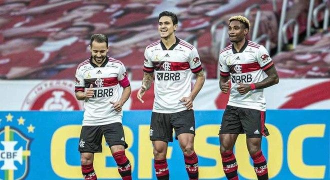 CAMPEÃO: Anderson Gonçalves-LANCE BH/VALINOR CONTEÚDO - Flamengo. A disparidade do Rubro Negro para seus rivais é tão grande, que o Carioca se torna quase protocolar para o Fla.