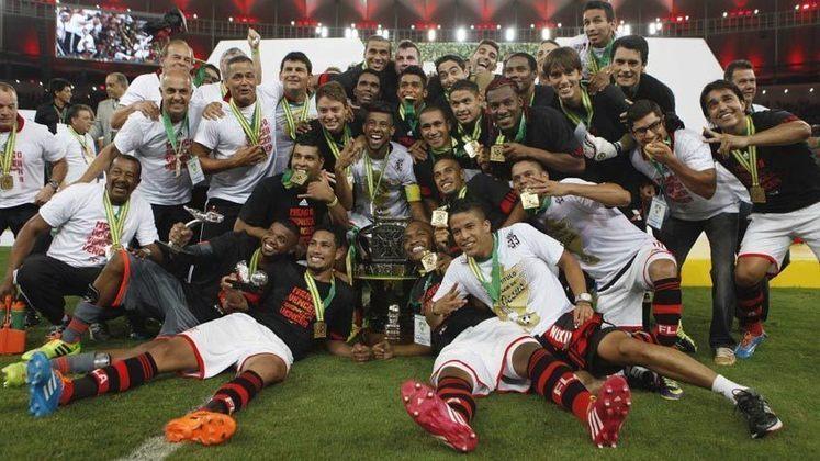 Campeão da Copa do Brasil de 2013: depois do empate na ida, o Flamengo venceu o Athletico Paranaense na partida da volta para se sagrar tricampeão da competição