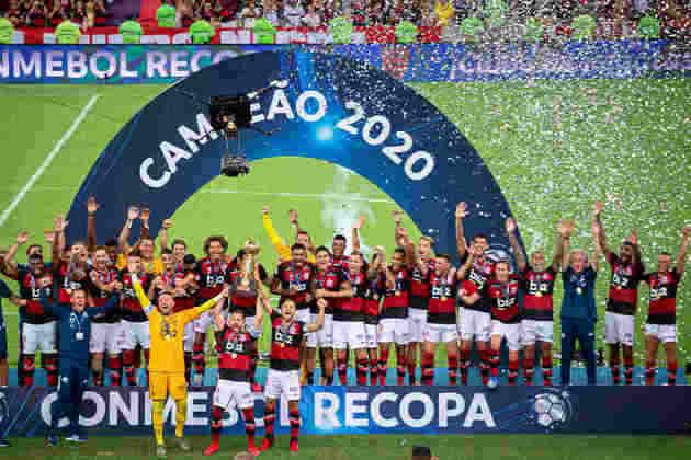 Campeão da Recopa Sul-America 2020: depois de empatar no jogo de ida em 2 a 2, o Flamengo venceu o Independiente del Valle na partida da volta por 3 a 0.