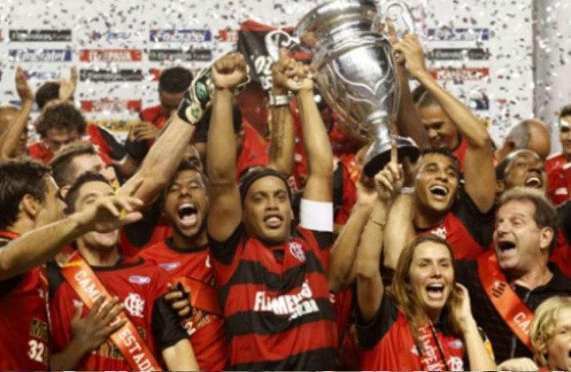 Campeão da Taça Rio de 2011: Flamengo 0 (3) x 0 (1) Vasco. Consequentemente, foi Campeão Carioca