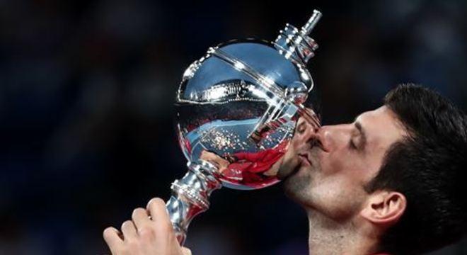 Campeão do Aberto da Austrália e de Wimbledon, o sérvio se mantém na primeira posição do ranking mundial
