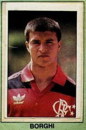 Campeão do mundo com a Argentina em 86, o ex-meia Borghi chegou ao Flamengo em 1989, mas fez somente seis partidas, sem marcar gols.
