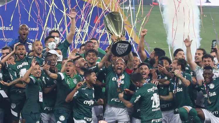 Campeão Paulista de 2020, o Palmeiras utilizou 26 jogadores diferentes nos 16 jogos até o título, Confira quem mais atuou, o artilheiro, o garçom, o líder de desarmes e de dribles, segundo dados do Sofascore