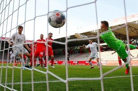 Futebol voltou à Alemanha no último fim de semana