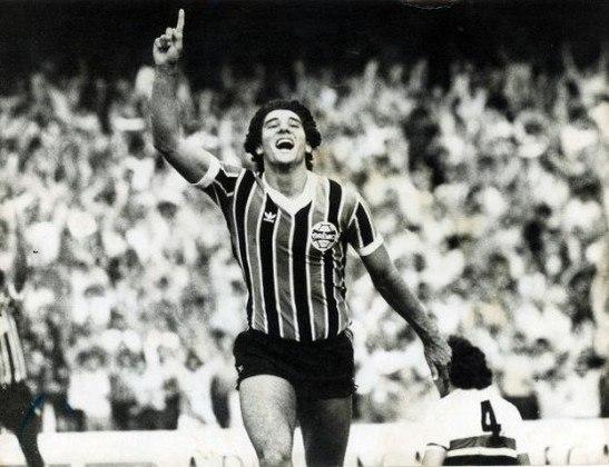 Campeonato Brasileiro 1981 - São Paulo x Grêmio - campeão: Grêmio. O Grêmio já havia vencido em Porto Alegre por 2 a 1 e derrotou novamente o São Paulo, no Morumbi, por 1 a 0, com gol de Baltazar, levantando o caneco do Brasileirão.