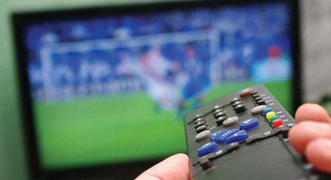 Futebol pela TV, até quando?