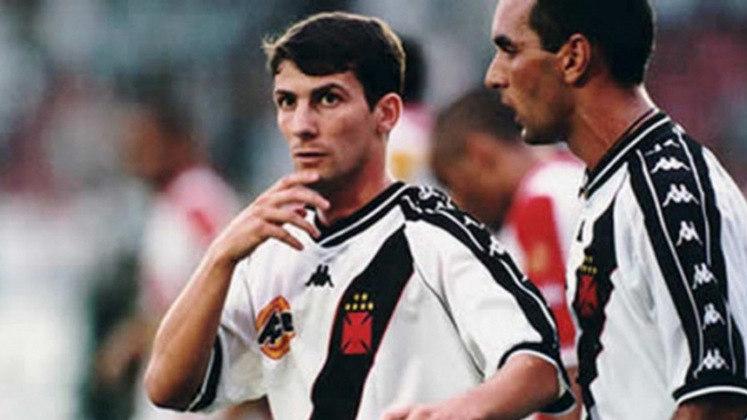 Campeonato Carioca 2001: Vasco 1x2 Madureira - São Januário - Gols: Pedrinho (VAS) /