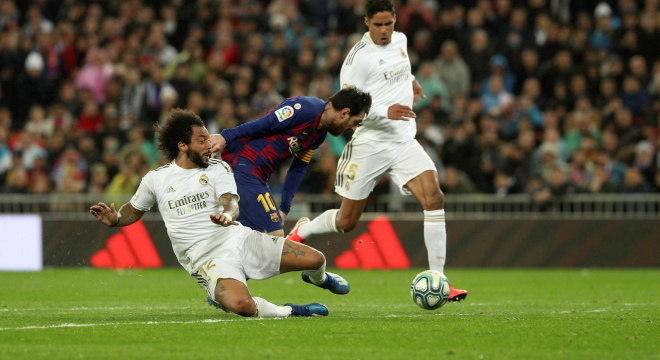 Times da liga espanhola devem voltar aos treinos na próxima 2ª feira