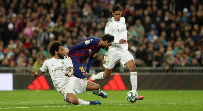 Barcelona é líder e Real Madrid é vice-líder no Espanhol