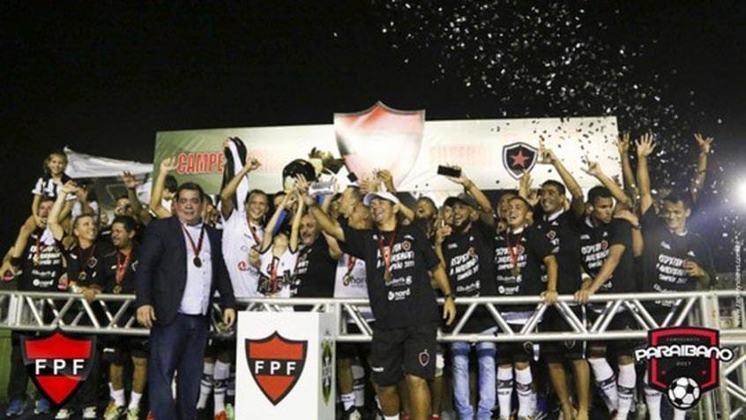 CAMPEONATO PARAÍBANO - O início do Campeonato Paraíbano foi adiado para o dia 31 de março por conta das medidas para o combate contra a Covid-19. O secretário de Saúde, Geraldo Medeiros, assegurou que o estadual não será adiado novamente.
