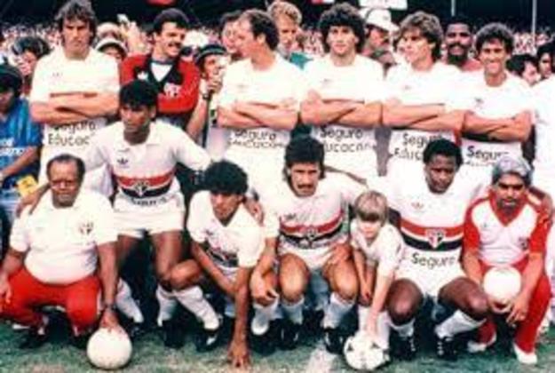 Campeonato Paulista 1985 - São Paulo x Portuguesa - campeão: São Paulo. O Tricolor venceu os dois jogos da decisão. Na ida, fez 3 a 1 e na volta, ganhou de 2 a 1 e foi campeão.