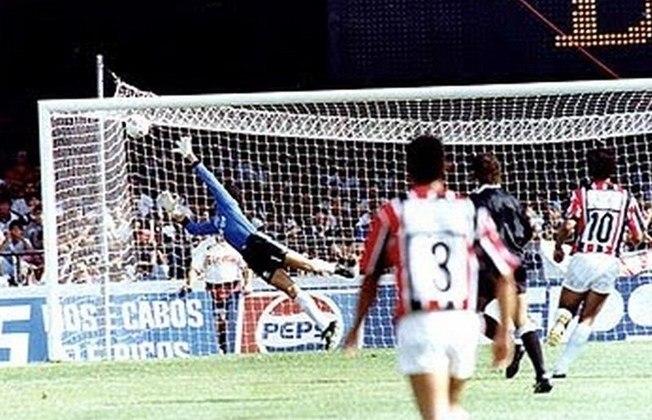 Campeonato Paulista 1991 - São Paulo x Corinthians - campeão: São Paulo. Raí brilhou no primeiro jogo e fez um hat-trick na vitória por 3 a 0. Na volta, o empate sem gols garantiu o título do Tricolor.