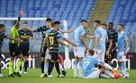 Lazio e Inter de MIlão se enfrentaram pelo Campeonato Italiano. A partida, que teve dois expulsos, terminou empatada em 1 a 1, com gols deLautaro Maritinez para Inter e Savic para Lazio