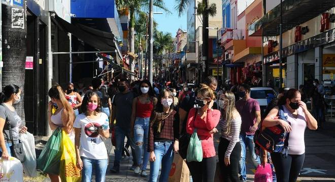 Prefeitura de Campinas faz decreto por fechamento do comércio