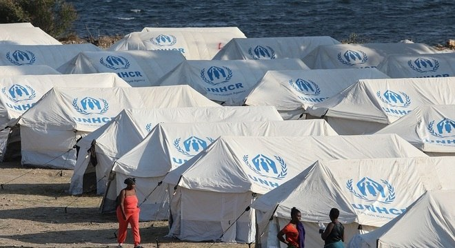 Local abrigava cerca de 13 mil refugiados que chegaram à Europa