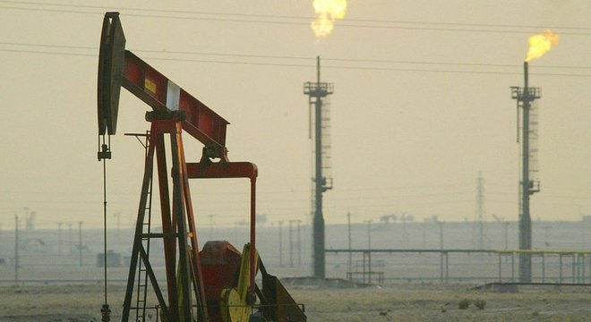 Na segunda-feira, após os ataques na Arábia Saudita, o preço do petróleo cresceu entre 15 e 20%, atingindo o pico de US$ 71,95