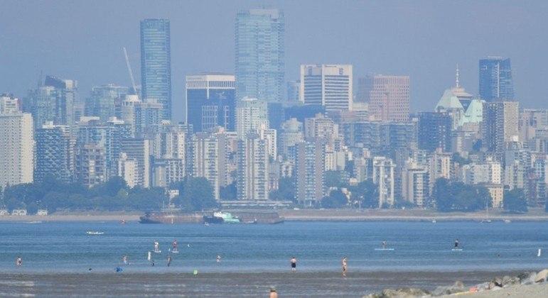Vancouver, no Canadá,  segue em alerta, após 134 mortes repentinas desde sexta-feira