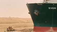 Navegação no Canal de Suez é 'suspensa temporariamente'