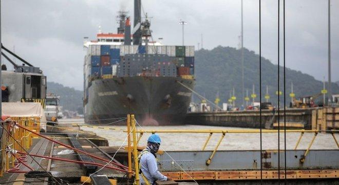 Peça essencial da economia, o Canal do Panamá começa a dar sinais de recuperação