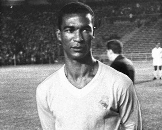 Canário, atacante; Didi (foto, de pé), meia - Real Madrid - 1959 e 1960
