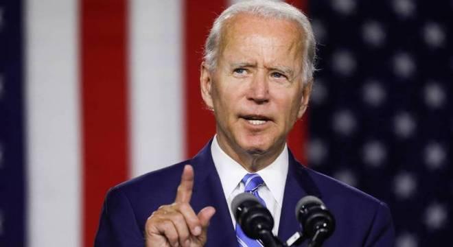 Joe Biden fala para apoiadores durante comício na cidade de Wilmington