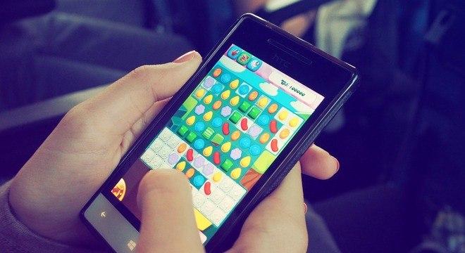 Jogos gratuitos no celular são a preferência dos brasileiros