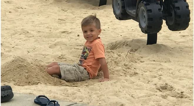 Cannon Hinnant, 5, foi morto pelo vizinho enquanto andava de bicicleta