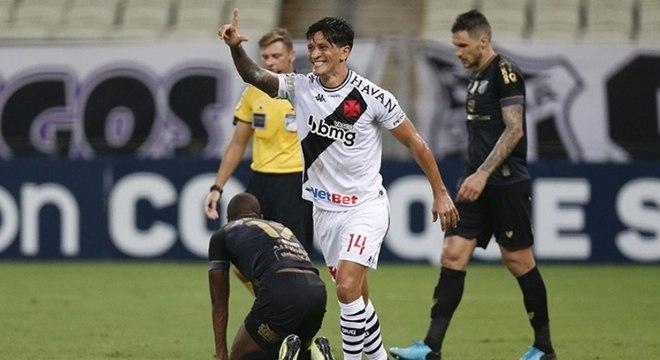 Cano faz gol: a frase que virou rotina na temporada do time de São Januário