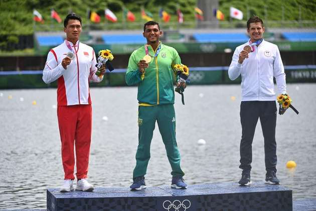 CANOAGEM - Com a medalha de ouro, Isaquias chegou a quarto medalhas olímpicas. No Rio-2016, o canoísta conquistou três (duas de prata e uma de bronze). Liu Hao, da China, ficou em segundo, enquanto Serghei Tarnovschi, da Moldávia, completou o pódio.