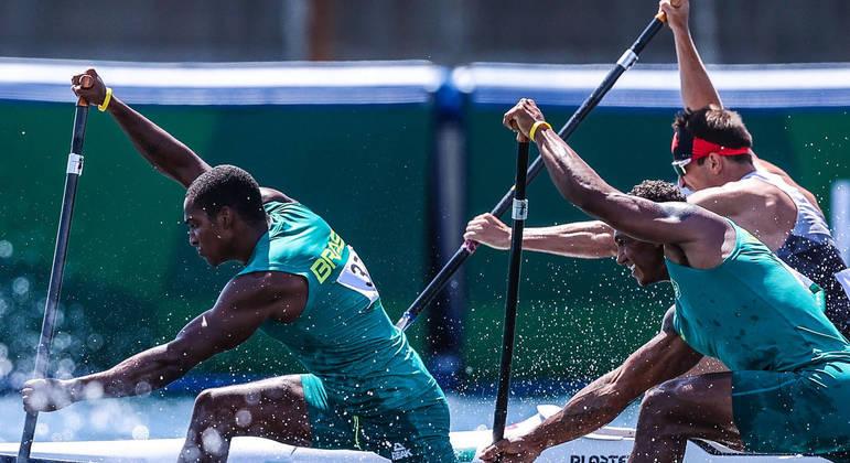 Isaquias Queiroz e Jacky Godmann na prova de C2 1000 m
