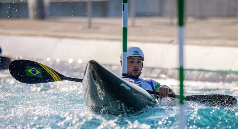 Pepê Gonçalves era um dos favoritos à medalha na canoagem slalom k1