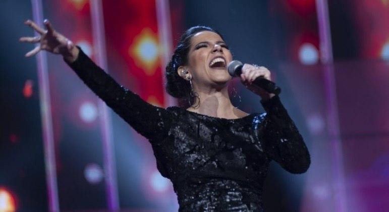Canta Comigo vai ao ar aos domingos, às 18 horas, na Record TV