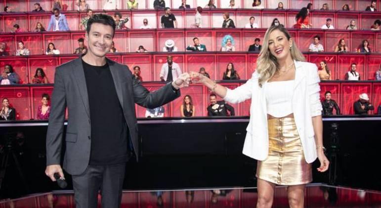 Rodrigo Faro e Ticiane Pinheiro dividem a apresentação da segunda temporada do reality musical