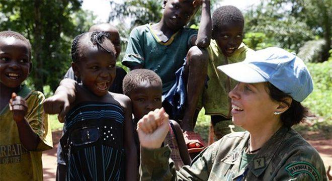 Capitão de Fragata Carla Monteiro de Castro Araújo na República Centro-Africana