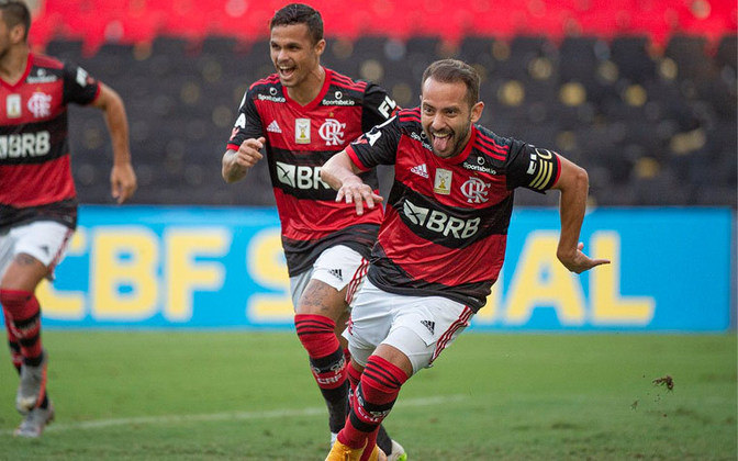 Capitão do Flamengo, Everton marcou cinco gols no torneio, além de ter dado duas assistências para os companheiros.