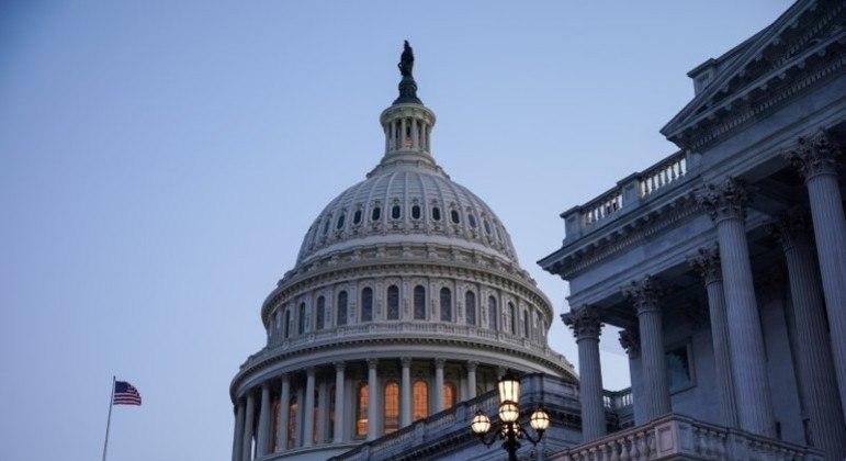 Tanto o Senado quanto a Câmara de Representantes estão em recesso
