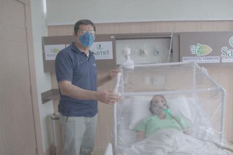 Filtro no alto da cápsula retira o vírus do ar ambiente