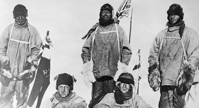 O capitão Robert Scott e sua equipe ficaram decepcionados ao descobrir que não foram os primeiros a chegar ao polo norte