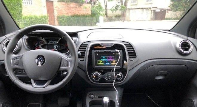 Interior do Renault Captur na versão Bose, que já avaliamos no porta R7.com
