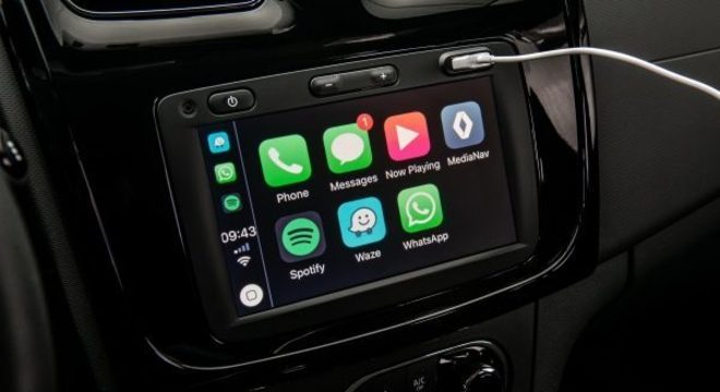 multimídia Media Evolution de 7 polegadas com tela capacitiva e Android Auto e Apple Carplay