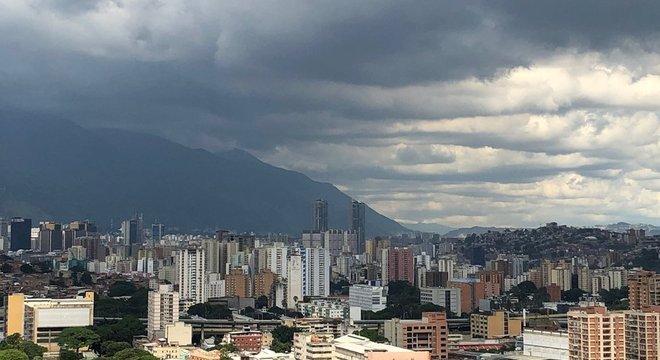 O preço dos imóveis despencou na Venezuela e, por isso, vender não é uma opção para muitos proprietários