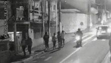 Menina é baleada em assalto na saída da escola em Carapicuíba (SP)