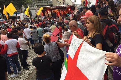 Caravana de Lula foi alvo de ataques na região Sul