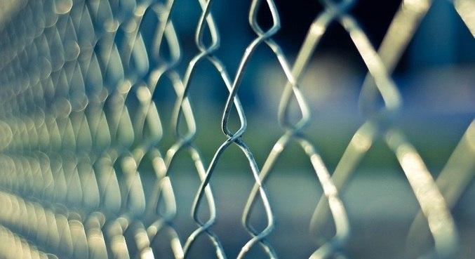 Clínica mantinha pacientes em cárcere privado, em Pindamonhangaba (SP)