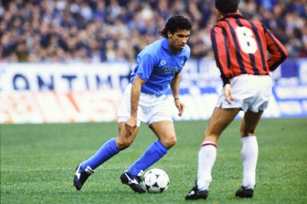 Careca: Brilhou com a camisa do Napoli. Careca conquistou título da Liga Europa, na edição 1988/1989 - fez gol nos dois jogos da final -, mas não teve sucesso na principal competição europeia.